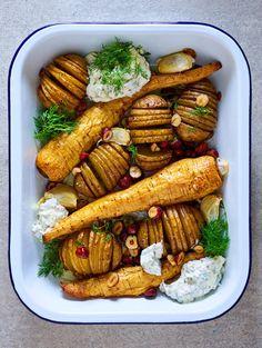 Kari Aihisen mehukas makaronilaatikko | Pastat ja risotot, Padat ja laatikot | Soppa365 Padron, Chicken Wings, New Recipes, Risotto, Carrots, Sausage, Gluten Free, Meat, Vegetables