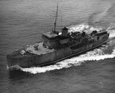 Naval History, Canada, Boat, Train, Image, Dinghy, Boats, Trains, Ship