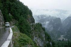 Droga 'Kaukaska', Rosja, 15 najniebezpieczniejszych dróg na świecie - (Page 4)
