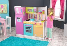 deluxe big & bright kitchen|Fab Style Kids Rooms http://fabstylekidsrooms.com/Play-Rooms/Kitchens/deluxe-big-bright-kitchen #kitchen