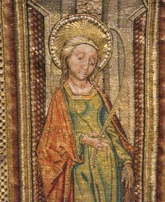 From the liturgical vestments of the Order of the Golden Fleece (c. 1425-1440)  15th century princess seams?
