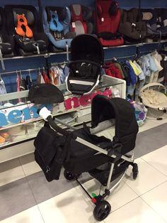 A ESTRENAR!!!! Trío City de NGE en diferentes colores compuesto por: Capazo, Grupo 0, silla, barra y cesta portaobjetos. Accesorios. bolso, saco de invierno, sombrilla y plástico de lluvia. PVP NENEANENE- 395€ para más información llámanos al 983 15 12 22 o por medio de info@neneanene.com. Baby Strollers, Children, Barbell, Rain, Hampers, Group, Sacks, Chairs, Winter
