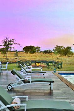 Safari Plains is 'n luukse tentkamp teen die agtergrond van die Waterberge in Limpopo. Safari Plains is in die Mabula Wildreservaat, 74,9 km vanaf Bela-Bela. Gaste kan die skoonheid van die wye oop savannas met 'n ryk verskeidenheid wild en asemrowende uitsigte geniet. Safari Plains bied 'n luukse boservaring. Dit het 'n eetarea met 'n hoë plafon, 'n elegante sitarea, 'n kroeg en spa. Daar is 20 luukse tente met sandpaadjies. Elke tentsuite is in die inheemse bosveld.