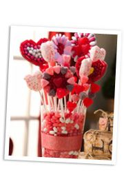 How to make a Valentine's Day candy centerpiece