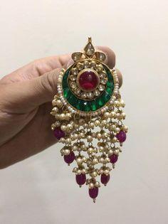 Jewelry Design Earrings, Gold Earrings Designs, Gold Jewellery Design, Bead Jewellery, Jewelry Box, Jewelery, Stud Earrings, Indian Wedding Jewelry, Bridal Jewelry