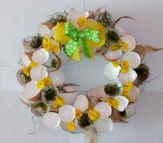 velikonoční+věnec+III+Cena+za+kus Floral Wreath, Wreaths, Table Decorations, Home Decor, Floral Crown, Decoration Home, Door Wreaths, Room Decor, Deco Mesh Wreaths