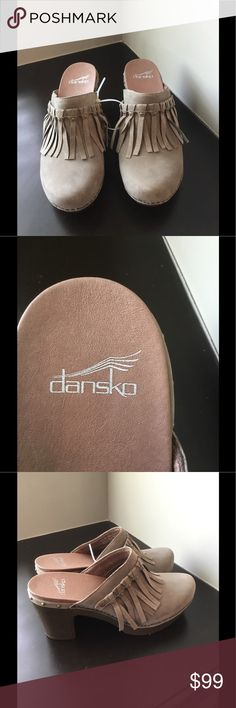 """DANSKO DENI Clogs Gray Suede The Deni from Dansko is a beautiful leather clog with a touch of detail. This comfortable slip-on supports your steps all day long! Gray suede leather Studded Fringe detail Round toe Leather comfort cushioned insole ¾"""" platform, 3"""" molded block heel Synthetic sole Imported Fast shipping SMOKE FREE HOME Size 39 US 8.5-9 Dansko Shoes Mules & Clogs"""