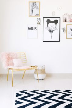 Simple, stylish and chic girls room
