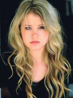 "Taylor Spreitler -- (10/23/1993-??) Actress & Former Model. She portrayed Lennox Scanlon on ""Melissa & Joey"". Soap Opera -- Mia McCormick on ""Days of Our Lives"". Movies -- ""Stalked at 17"" as Angela Curson and ""3 Day Test"" as Lu Taylor."