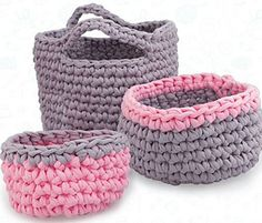 Pretty set of baskets!... Free pattern!