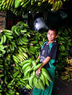 boy selling bananas at the Plaza Minorista, Medellin, Colombia Being In The World, People Of The World, Central America, South America, Ecuador, World Street, Youth Age, Working People, The Beautiful Country