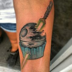 Death Star Cupcake. Not pinning because it's a tattoo but this is a great idea for a cupcake design!