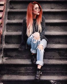 Comfy outfit and silky smooth hair 🖤 been treating my hair with the Fusio Dose treatment by and its crazy how you can… Grunge Outfits, Red Hair Outfits, Edgy Outfits, Grunge Fashion, Fall Outfits, Fashion Outfits, Mode Grunge, Grunge Look, Grunge Style