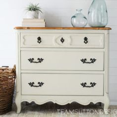 Dainty French Provincial Chest in Linen