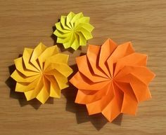Origami Flowers, Paper Crafts, Hand Fan, Flowers, Paper Craft Work, Papercraft, Paper Crafting