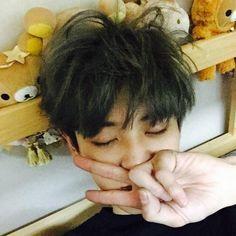 [UPDATE] 150425 CHANYEOL Instagram Update - 담에 또가자 세훈아  -iheartkris