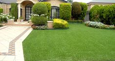 Fake Grass vs Real Grass What are the differences ? Fake Grass vs Real Grass What are the difference Fake Turf, Fake Grass, Small Backyard Patio, Backyard Playground, Playground Ideas, Backyard Designs, Succulent Landscaping, Yard Landscaping, Best Artificial Grass