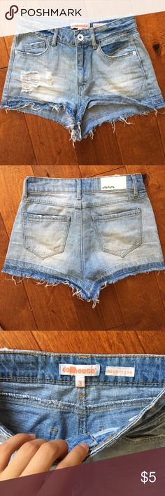 High- waisted ripped denim shorts High waisted denim shorts, ripped in the front and frayed on the bottom. Short- shorts. In very good condition, I just can't fit into it anymore but I love it ❤️💕 Charlotte Russe Shorts Jean Shorts