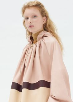 Parka coat in water repellent calfskin Hooded Parka, Parka Coat, Outdoor Wear, Pink Leather, Fashion Details, Hijab Fashion, Ready To Wear, Rain Jacket, Sacks