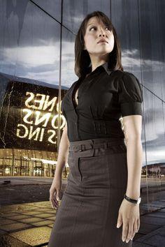 Naoko Mori (played Toshiko Sato on Torchwood) Naoko Mori, Sci Fi Tv Series, Doctor Who Companions, Babylon 5, Sci Fi Shows, John Barrowman, Bbc One, Captain Jack, Torchwood
