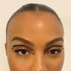 Paloma Elsesser on I Makeup Eye Looks, Creative Makeup Looks, Eye Makeup Art, Cute Makeup, Glam Makeup, Pretty Makeup, Simple Makeup, Skin Makeup, Makeup Inspo