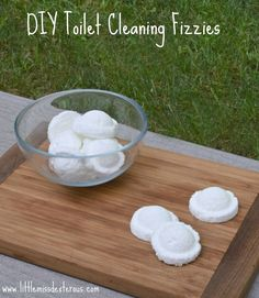 Cleaning a toilet can be a hard job. Let these DIY Toilet Cleaning Fizzies do all the hard work!!!!!