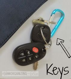 Organize Keys     --    11 Ways to Organize with a Carabiner | OrganizingMadeFun.com