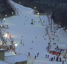 A special time awaits visitors with Night Magic Skiing In Gatlinburg TN from January through Gatlinburg Attractions, Ober Gatlinburg, Gatlinburg Tennessee, Tennessee Vacation, Smoky Mountains Tennessee, East Tennessee, Great Smoky Mountains, Smokey Mountain, Ski Vacation