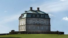 The Hermitage Palace has, through the years, been the centre for royal hunts. It is at the disposal of HM The Queen, who today uses it for official lunches ~ Denmark