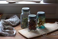 http://www.gardenista.com/posts/diy-colonial-dried-vegetables dried food bottled, Colonial Food Drying: Gardenista