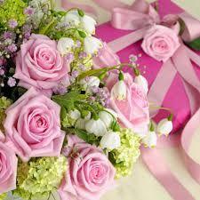 n.145 Profumo mi ricorda un bouquet di fiori di colore delicato