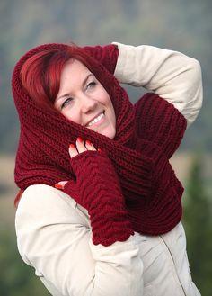 Knit scarf   knit women scarf  BORDO SCARF  Hand by MioLauma, $45.00