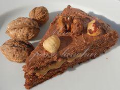 Bolo de Noz e Chocolate, Creme de Café e Cobertura de Chocolate
