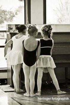 Three little dancers.