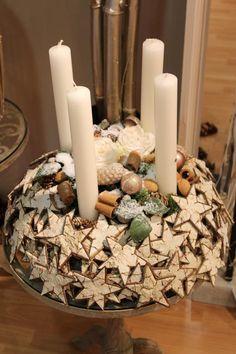 Inspirationen - News & Termine - streckerhandelt – Floristen & Dekorationsbedarf – Großhandel Christmas Home, Christmas Crafts, Advent Candles, Candle Holders, Shapes, Table Decorations, Floral, Inspiration, Home Decor