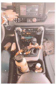 vsco car decor #car #accessories #for #teens #bling vsco car decor Hippie Auto, Hippie Car, Car Interior Accessories, Cute Car Accessories, Car Interior Decor, Car Interior Design, Interior Ideas, Car For Teens, Girly Car