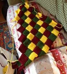 Entrelac tunisian crochet - start from the corner. Sooo pleasant! http://www.ravelry.com/projects/elisabetta60/corner-start-entrelac-square-or-rectangle