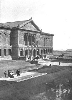 The Art Institute, 1907, Chicago.