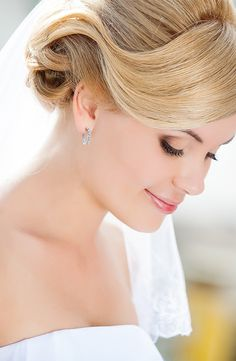 Shop for earrings with Kay Jewelers. Explore earrings jewelry including real gold earrings, diamond earrings, ear studs, simple gold earrings and more Kay Jewelers earrings. Wedding Jewellery Inspiration, Wedding Jewelry, Diamond Hoop Earrings, Rose Gold Earrings, Wedding Looks, Perfect Wedding, Leo Diamond, Kay Jewelers, Love And Light