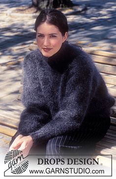 The Mohair and Angora fetish World Drops Design, Sweater Knitting Patterns, Knit Patterns, Free Knitting, Gilet Mohair, Mohair Sweater, Turtleneck, Gros Pull Mohair, Magazine Drops