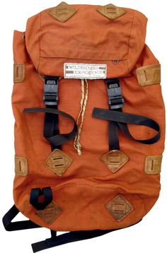 Good Lookin' Orange Old school rugged Orange Backpacks, Carapace, Vintage Backpacks, My Bags, Backpack Bags, Backpacking, Bag Accessories, Mens Fashion, Purses