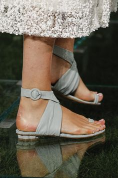 Salvatore Ferragamo Spring 2018 Ready-to-Wear Accessories Photos - Vogue
