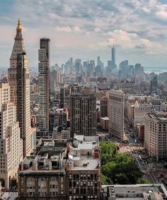34 Breathtaking Photos of New York City City Aesthetic, Travel Aesthetic, Photographie New York, New York City, Places To Travel, Places To Visit, Ville New York, City Vibe, City Landscape
