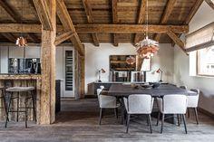 Maison HAND - réalisation chalet de montagne à Mégève - photos Felix FOREST Decoration, Warm, Dining, Table, Inspiration, Furniture, Home Decor, Cosy, Photos