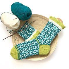 handgestrickte Socken mit geometrischem Muster & Picot-Bündchen – Gr. 38/39   eBay