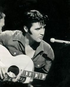 If only there were more men as handsome as Elvis. <3