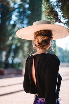 Chapeaux Pour Kentucky Derby, Foto Fashion, Sun Hats, Looking For Women, Hats For Women, Feminine, Glamour, My Style, Womens Fashion