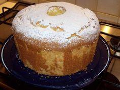 ciambellone Angel Cake, Angel Food Cake, Torta Chiffon, American Cake, English Food, Oui Oui, Sponge Cake, Cake Cookies, Italian Recipes