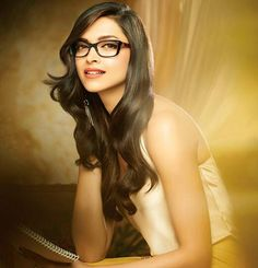 Bollywood Most famous acctress Deepika Padukone to Play the role of PV Sindhu in her Biopic Indian Celebrities, Bollywood Celebrities, Bollywood Actress, Bollywood News, Indian Film Actress, Indian Actresses, Girls With Glasses, Bollywood Stars, Deepika Padukone
