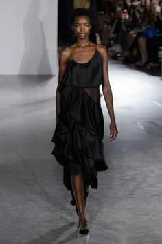 The Best Looks From New York Fashion Week Spring 2016  - ZAC POSEN